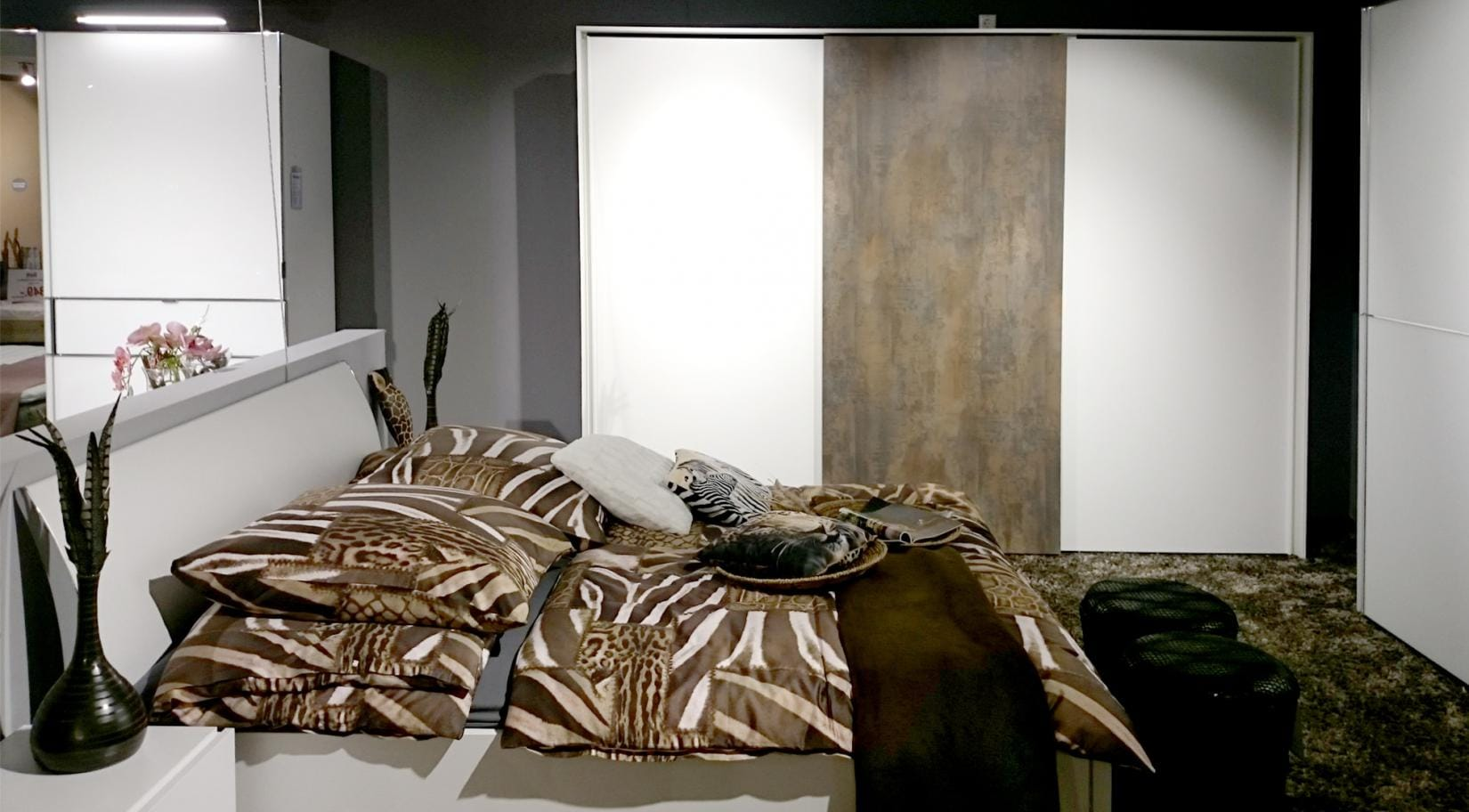 Modernes Schlafzimmer Modell Slide
